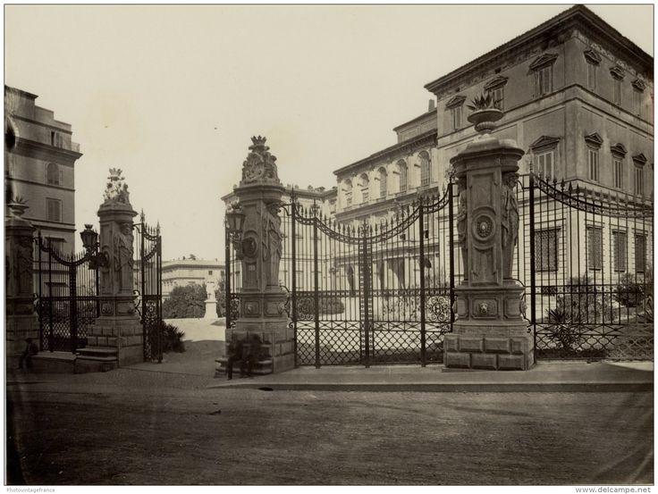 Roma, Palazzo Barberini Vintage albumen print  Tirage albuminé   21x27   Circa 1875