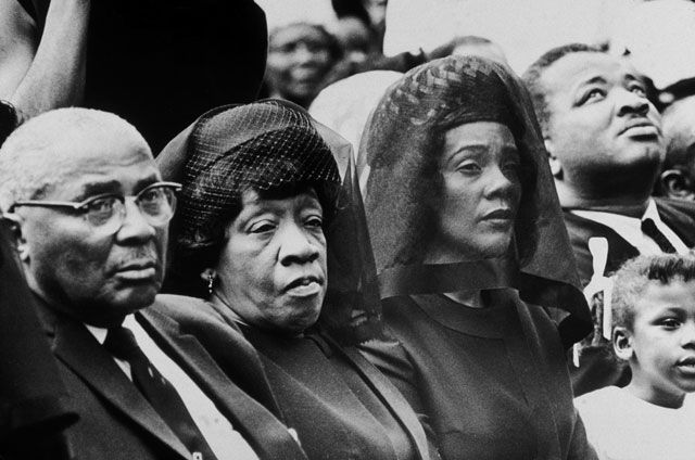 The Rev. Martin Luther King Sr. and his wife, Alberta King, the parents of Martin Luther King, Jr., and Coretta Scott King during a memorial at Morehouse College.