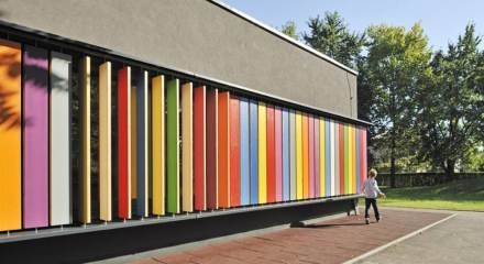 paneles movibles!!    Google Image Result for http://allisterlewisarchitect.files.wordpress.com/2011/12/wan-awards-kindergarten.jpg%3Fw%3D440%26h%3D240%26crop%3D1