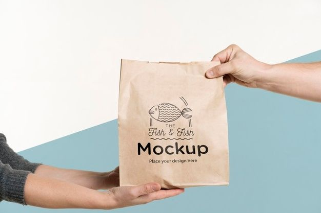 Download Download Delivery Man Handing A Bag Of Food To A Client For Free In 2021 Italian Food Photography Bag Mockup Elegant Business Cards