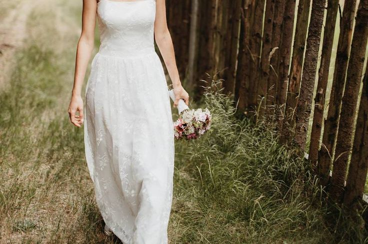 Lusinda svatební šaty  romantic custom made wedding dress, lace