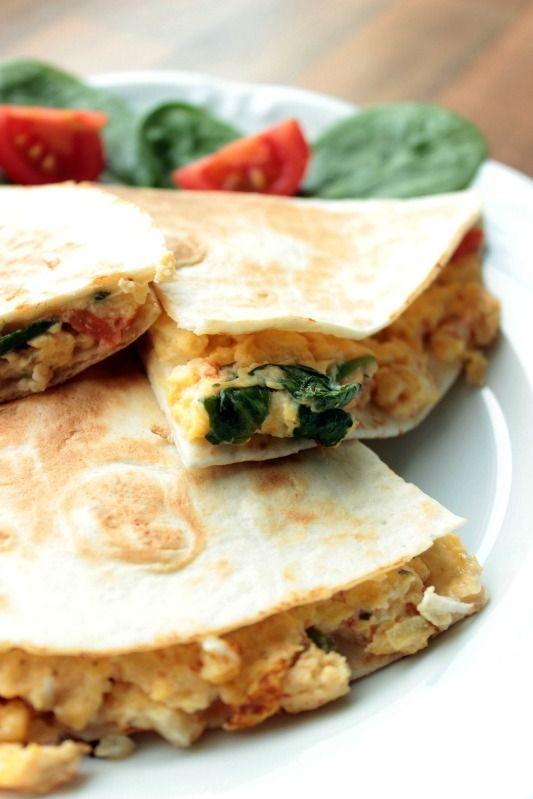 Rührei- Spinat Quesadillas für ein schnelles Frühstück ~ SASIBELLA