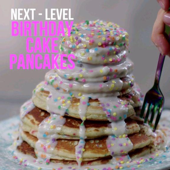 Next-Level: Birthday Cake Pancakes