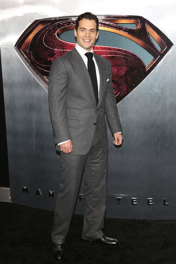 Henry+Cavill+%26amp%3B+Kaley+Cuoco+Are+Dating+%E2%80%94%C2%A0Report