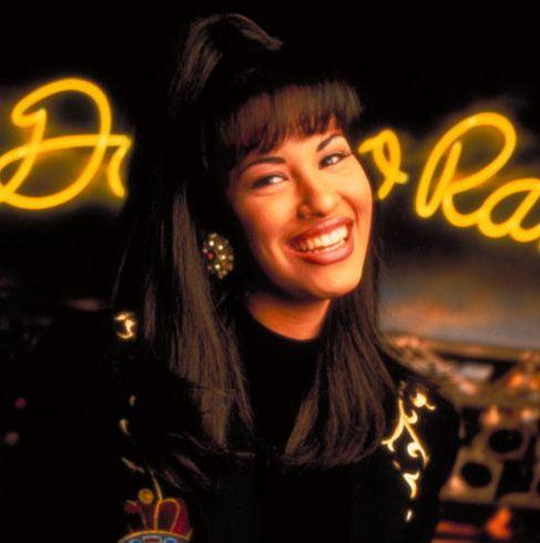 MAC va lansa o colecție de rujuri în memoria celebrei Selena