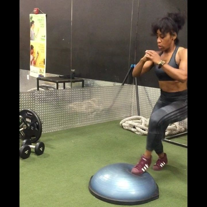 "1,377 Likes, 24 Comments - Qui (@qui2health) on Instagram: ""🔥🔥🔥Oldies but goodies today using the Bosu Ball. 🔸3 burn variations today ending my leg session. 🔸I…"""