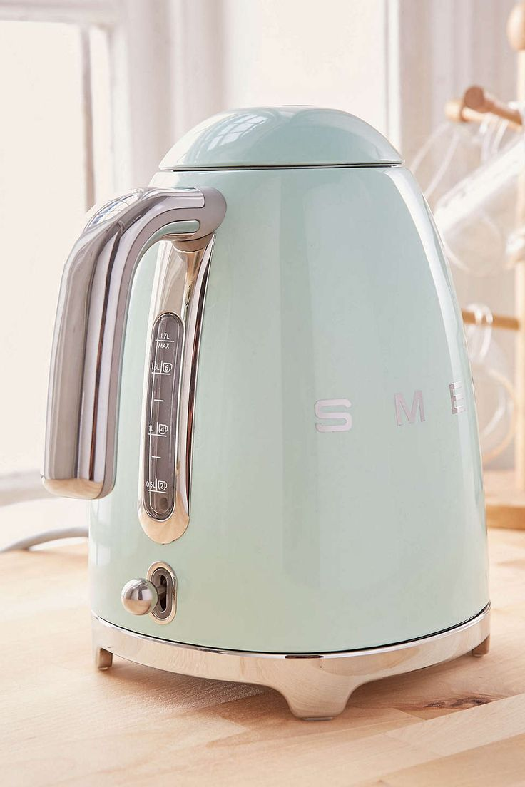 Smeg Electric Kettle                                                                                                                                                                                 More