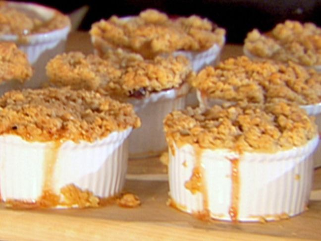 Pear, Apple and Cranberry Crisp. Another amazing Ina Garten creation. Looks amazing!