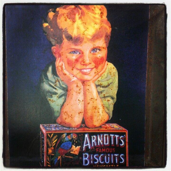 Vintage arnotts tin