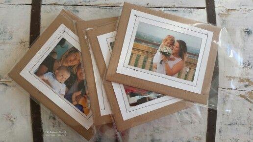 Foto in cornice... #Handmade#homedecor#recupero#cucito#cartone#idee#artandcrafts#wedding#sposi#ricordo#photo#photowedding#creamano#CREAzionifatteaMANO# www.creamano.blogspot.com