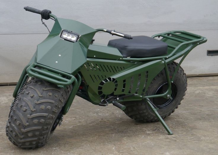 Fat-wheeled motorcycles have been around for some time now, but this Russian off-road motorbike is taking things to the next level.