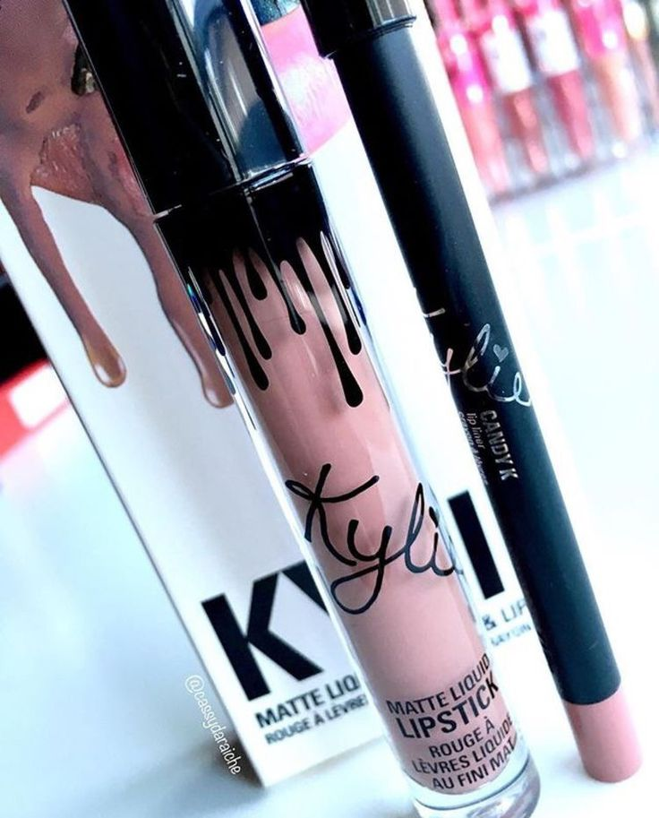 OMG i'm obsessed with Kylie Jenner lip kit love the matte lipsticks especially love it amazing my favourite.