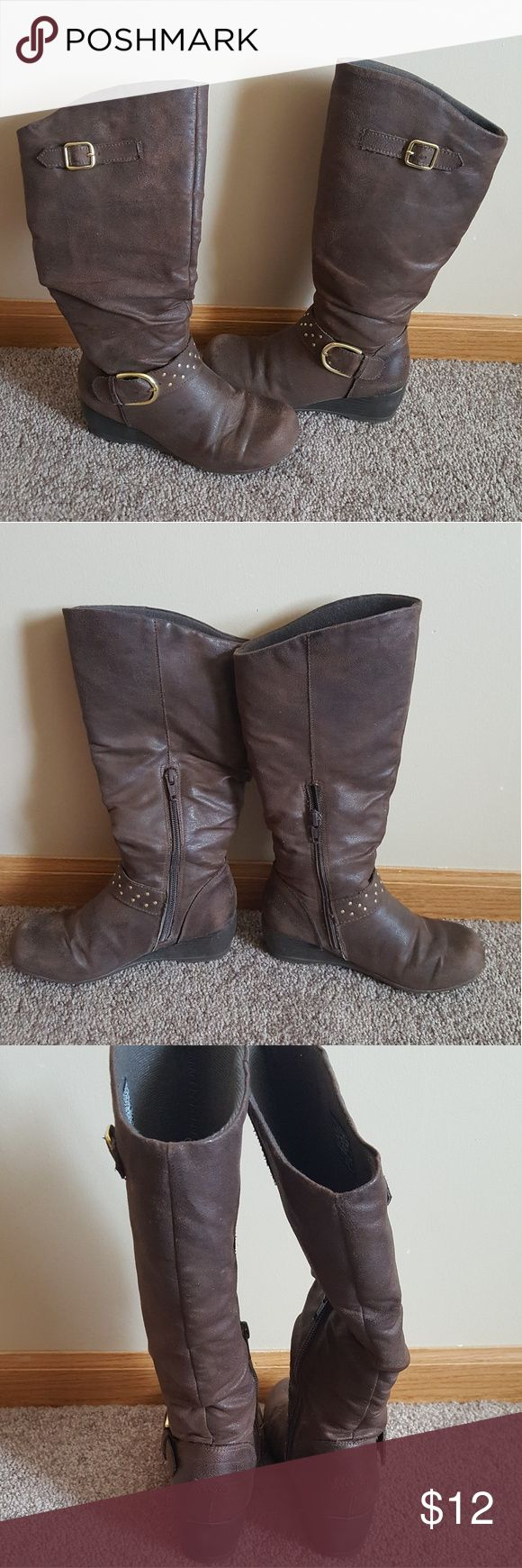 skechers boots for girls used there are signs of wear but still in good condition bundle to save Skechers Shoes Boots