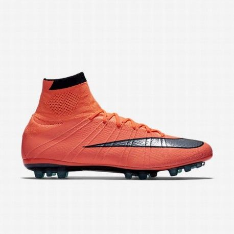 quality design a51f1 9469e REVOLUTION OF SPEEDDesigned for the attacking striker,the Nike Mercurial  Superfly Men s Artificial-Grass Football Boot offers a revolutionary  locked-down ...