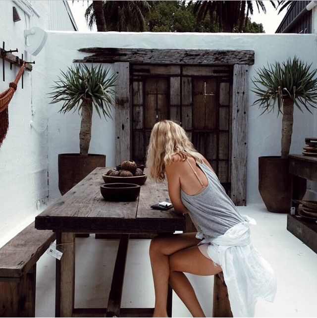 Island Luxe, Bangalow, via @Bikiniandme - exposed beams, white render, reclaimed wood, distressed wood.
