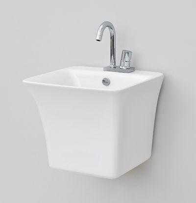 Cow, design Meneghello Paolelli Associati. #bagno #bathroom #design #Artceram semi column washbasin