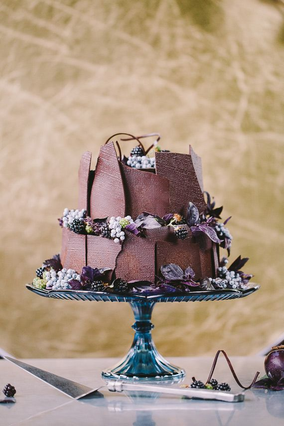 Mosaic-themed fall wedding cake
