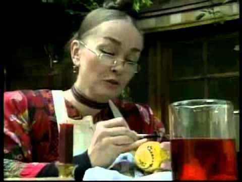 ▶ Meet Patricia Polacco - YouTube -Reading Rainbow Rechenka's Eggs. AMAZING!!