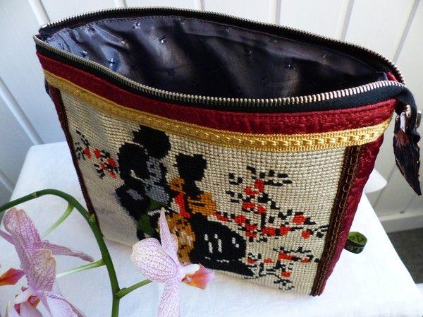 Alla väskor, säcka, necessärer mm blir olika och du kan hitta en unik väska som ingen annan har. Min mail maggie.malm@promes.se  Facebook: http://www.facebook.com/tatillvara
