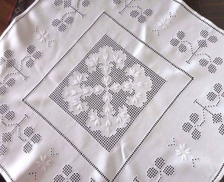 Vtg HARDANGER EMBROIDERY TABLECLOTH - 38.SQUARE - White with White Embroidery