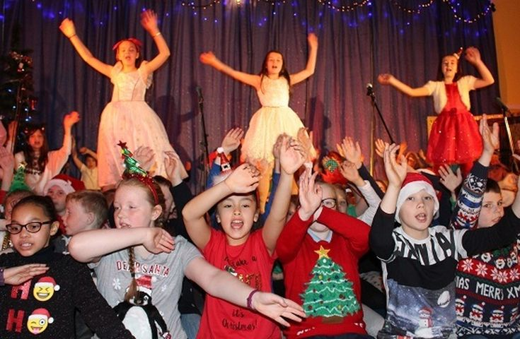 St. Nicholas' Primary School - Christmas Shows 2017