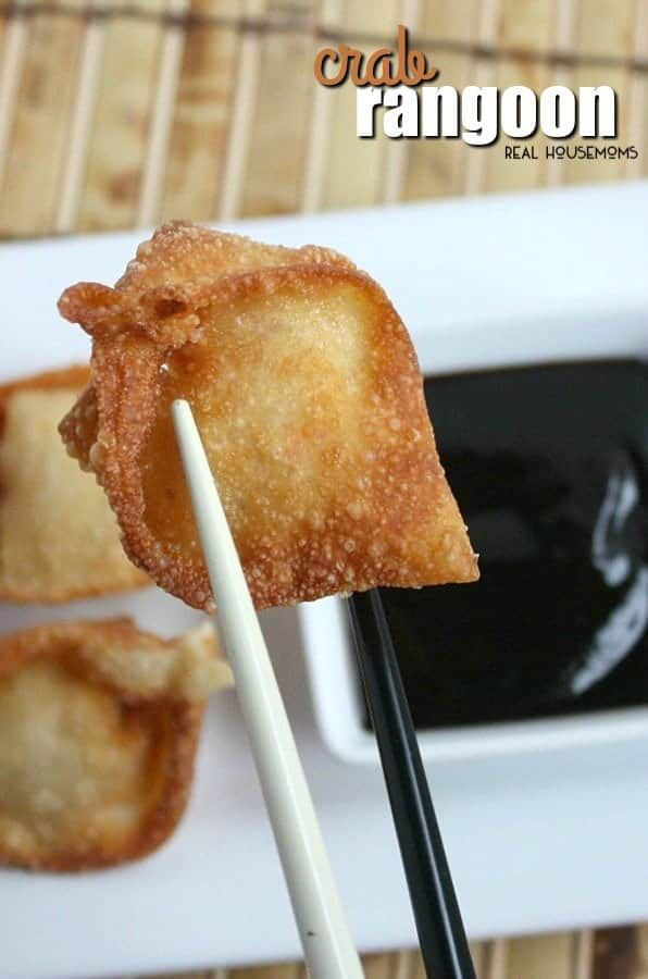 Crispy wontons filled with crab and cream cheese, these Crab Rangoon make great New Year's Eve appetizers! #Appetizers #Crabcreamcheesewontons #Newyearseve #Partytreats #Realshousemoms