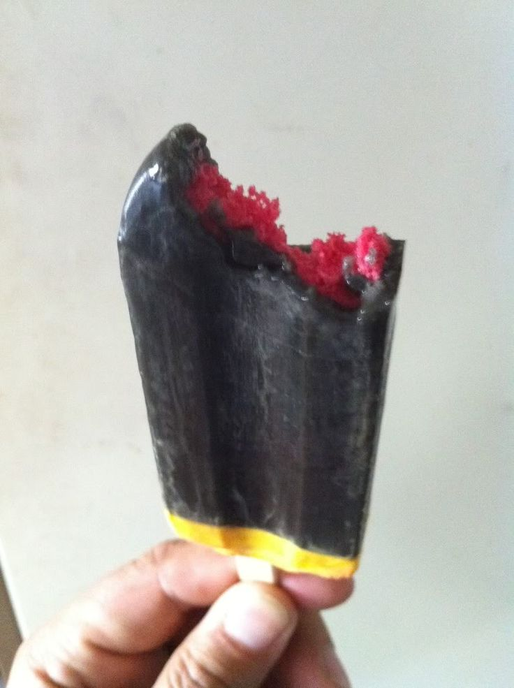 It was a time of hideous ice confectionaries - presenting Dracula Bites!