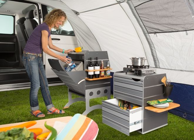 mit optionalem untergestell auch als perfekte outdoor k che nutzbar vw t5 pinterest. Black Bedroom Furniture Sets. Home Design Ideas