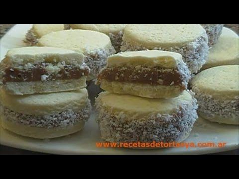 Alfajores de Maicena - Recetas de Tortas YA! // si las hago con forma de corazon, podria ser un lindo detalle para san valentin.