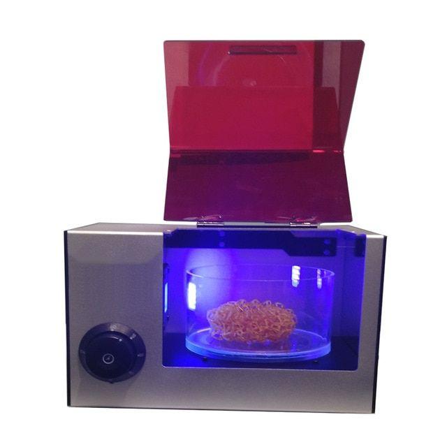 числе прочего, ультрафиолетовая камера для сушки фотополимера отличается