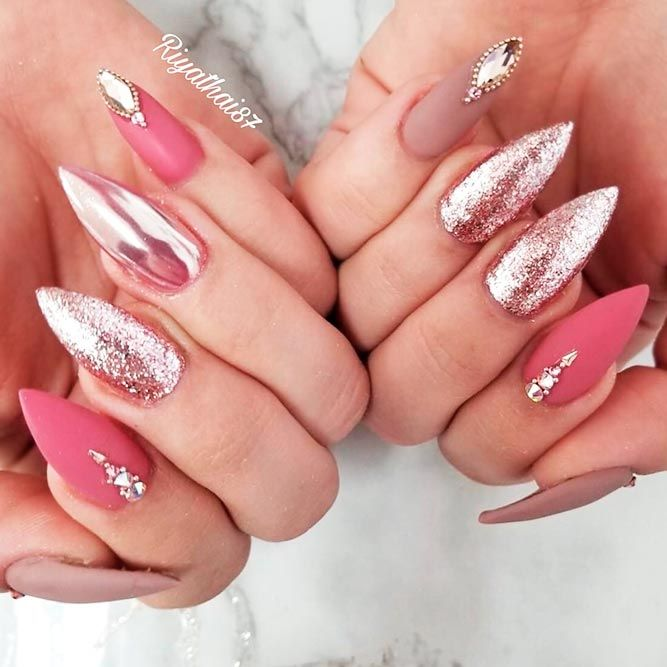 Fab Ideas for Stiletto Nails Designs: Create Your Look ★ See more: https://naildesignsjournal.com/stiletto-nails-hip-ideas/ #nails