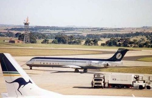 Compass Airlines MD80 Melbourne Tullamarine