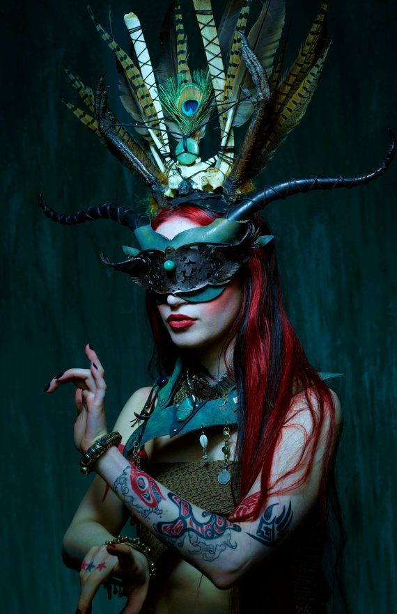 Green Witch - headress, mask and collar (by Vincent Cantillon)
