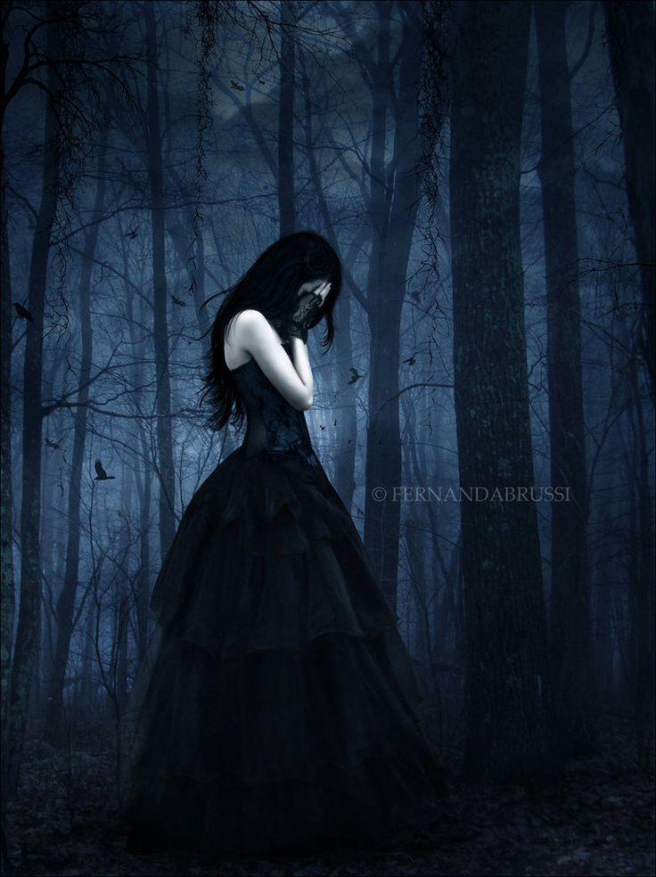 Best 25 gothic pictures ideas on pinterest dark gothic for Gothic painting ideas