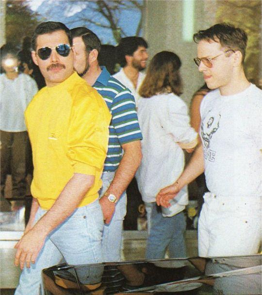 """I'll love you 'til I die"" Freddie Mercury ❤️"
