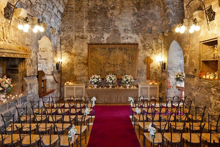 Dundas Castle - is a Wedding venue in Edinburgh, Edinburgh and the Lothians. Five-star castle wedding venue in historic Edinburgh