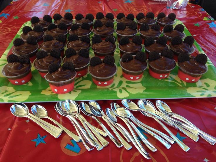 Mickey Mouse Pudding cups that I made for a friends party.