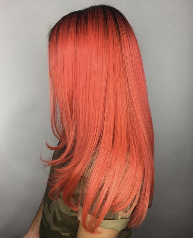 @serenavrodrigues used #UnicornHair in Neon Peach, Bubblegum Rose, Kawaii, and Strawberry Jam to create this vibrant pinky orange! (This color was applied on pre-lightened hair level 8-9) MODEL: @pikapubes