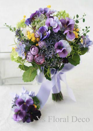 紫色パンジーのクラッチブーケ アーティフィシャルフラワー @東京會舘 ys floral deco