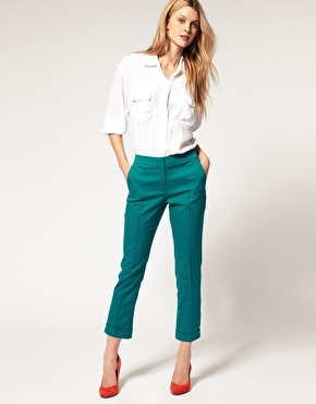 Asos cropped trousers, turquoise-green, with red shoes and white button-up