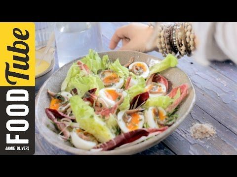 David Loftus Photography Masterclass - Styling & Composition - YouTube. This is Jamie Oliver's food photographer! Great tips for styling and composition.