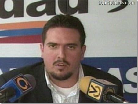 Stalin González: Acciones del CNE deslegitiman imparcialidad del sistema electoral - http://www.leanoticias.com/2013/01/31/stalin-gonzalez-acciones-del-cne-deslegitiman-imparcialidad-del-sistema-electoral/