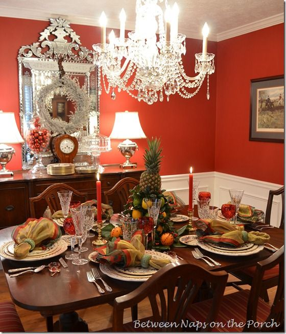 Dining room venetian glass mirror colors colonial for Thanksgiving dining room decorating ideas