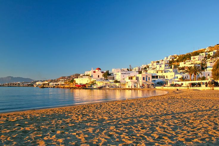 Things to do in the vibrant Chora of Mykonos: A guide by Alana Pension! Read more at: http://goo.gl/bbV1Pk  #mykonos #mykonosisland #greece #aegean #apartment #summer2016 #alanamykonostown