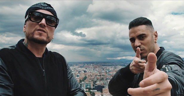 """Marracash (@kingmarracash) su Instagram: Tony disco d'oro!  #santeria #netflix #narcos3 #fimi"""""""