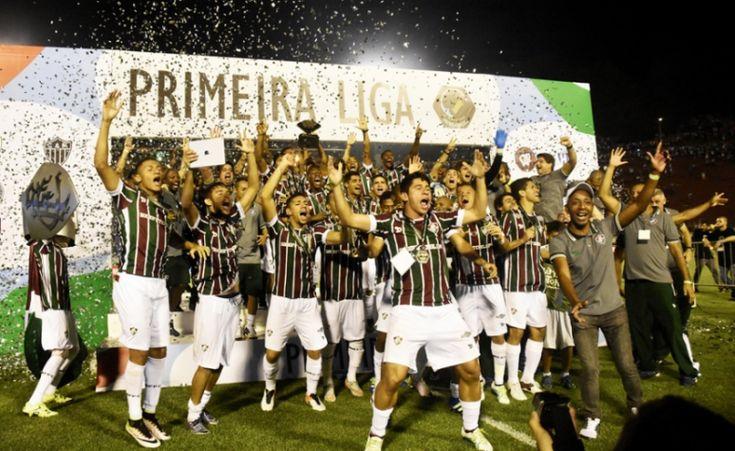 """Fluminense campeão da Primeira Liga de 2016 Nelson Rodrigues, Ilustre Tricolor, também sabia zoar: """"grandes são os outros, o FLUMINENSE É ENORME."""" Desculpaê. Rsrsrs"""