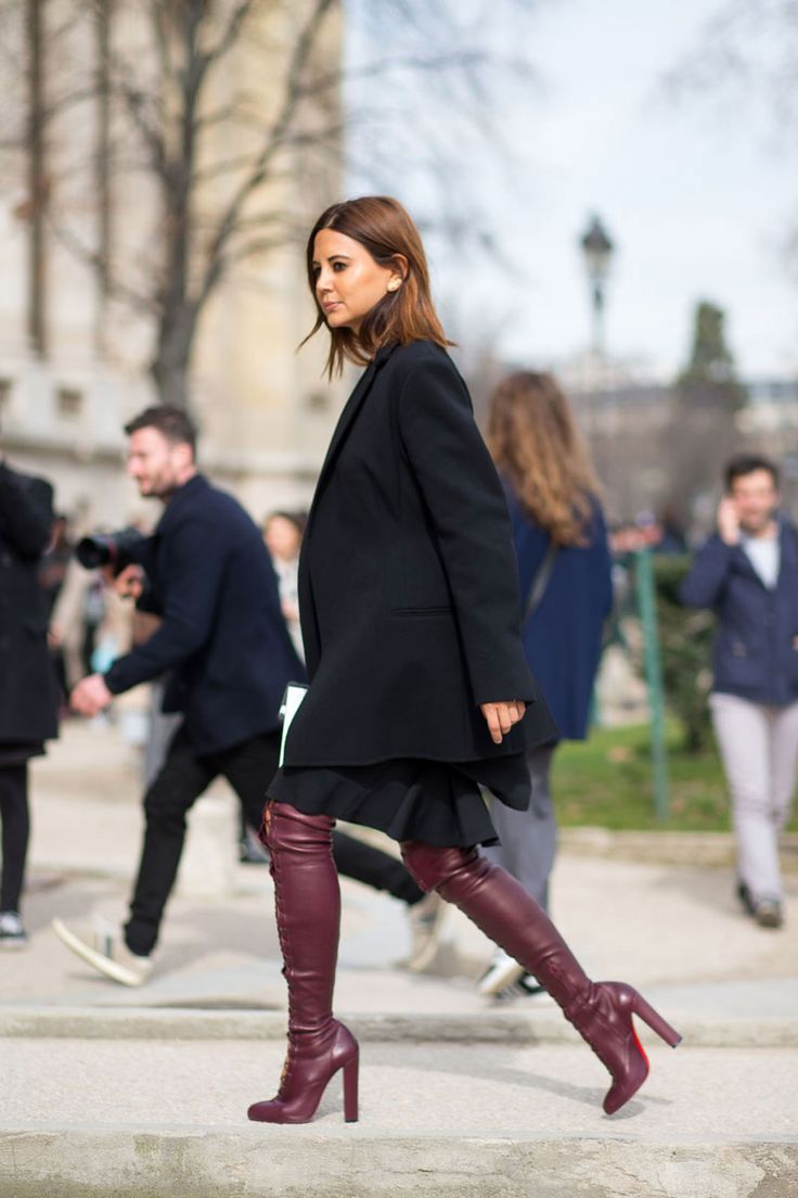 Christine Centenera - PFW Fall/Winter 2015-2016 #StreetStyle #thedailylady Overknee boots in dark red: