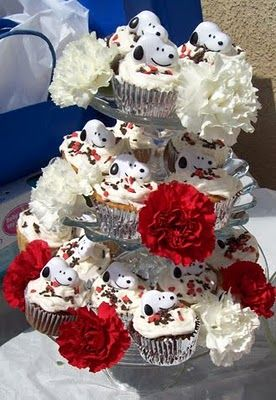 themed baby showers snoopy and baby showers on pinterest