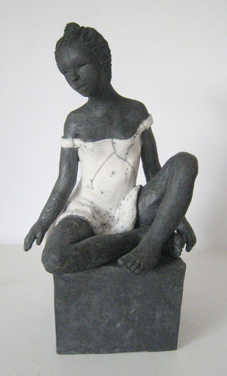 Sculpture Raku                                                                                                                                                                                 Plus