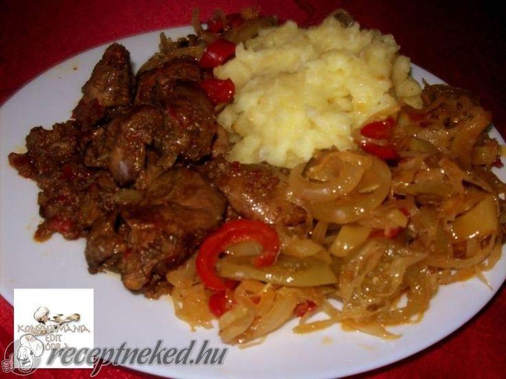 Kipróbált Hagyma ágyon sült csirkemáj recept egyenesen a Receptneked.hu…
